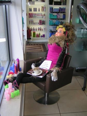 Wispers_Hairdressers